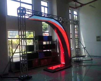 Column Flexible Curved Led Display 3 D Decoration